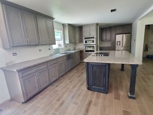 CUSTOM KITCHEN CABINETS SOLID WOOD for Sale in Missouri City, TX