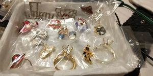 Mixed lot of fashion BROACHES for Sale in Fort Worth, TX