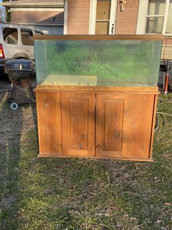 55 Gallon Fish Tank With Wood Base for Sale in Indianapolis,  IN
