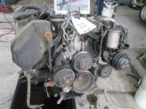 Mercedes Benz 500sel motor for Sale in Los Angeles, CA