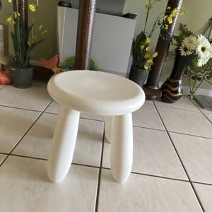 Stool, Tricycle, swing, float, diaper pail, activity table, Swing for Sale in Fort Lauderdale, FL