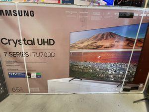 "Samsung 65"" Smart 4K UHD HDR Crystal TV for Sale in Hesperia, CA"
