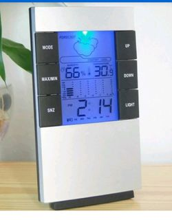 Digital Thermometer Hygrometer Calendar Clock Home Large LED Backlight Alarm Clock for Sale in Puyallup,  WA