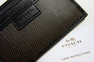 Coach Espresso Brown Cgc Card Case Heritage Checkered Wallet for Sale in Lake Forest, CA