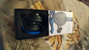 Ncredible Flips headphones...New in box n never used for Sale in Las Vegas, NV