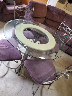 Iron glass table for Sale in Lynnwood, WA