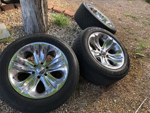 6 lug rims with good tires 250 today only275/55/20 for Sale in Las Vegas, NV
