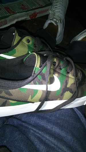 Nike zoom (10.5) for Sale in San Diego, CA