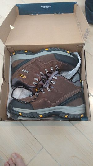 Men's boots (Size 8) for Sale in Manasquan, NJ