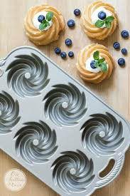 Six 6-cavity Nordic Ware mini bundt pan (bundle) for Sale in San Bernardino, CA