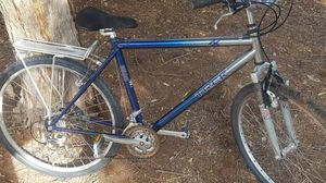 Great Commuter Trek Hybrid Street/Mountain Bike With Back Carrying Rack Must Go ASAP for Sale in Tempe, AZ
