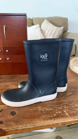Igor kids rain boots for Sale in Torrance, CA