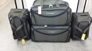TSA ACCEPTED 4 PIECE DUFFLE BAG SET WITH 2 WHEELS AND HANDLES. LIGHT WEIGHT. for Sale in Miami, FL