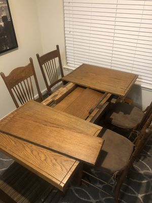 Oak 3 leaf table - Antique style for Sale in Dublin, CA