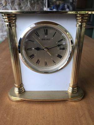 Seiko alarm clock keeps good time for Sale in Bradenton, FL