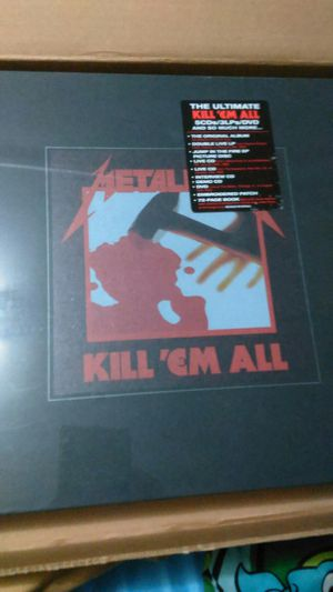 Metallica. Ultimate deluxe edition for Sale in Grawn, MI