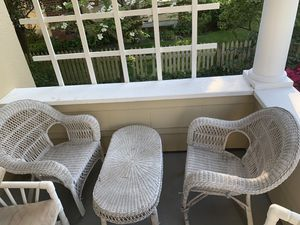Wicker outdoor furniture set for Sale in Albertson, NY