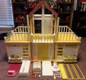Barbie Dream House Vintage Playset 70s Toy for Sale in Marietta, GA