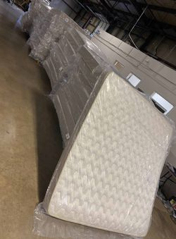 Overstock mattress sale! JIKH for Sale in China Spring,  TX