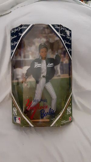 Vintage New York Yankee Barbie Doll- Collector's Edition for Sale in Chandler, AZ