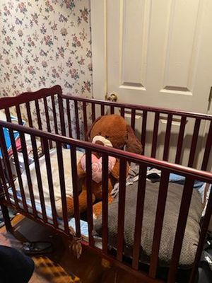 Baby crib for Sale in Cleveland, OH