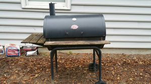 Char Griller charcoal grill for Sale in Fitzgerald, GA