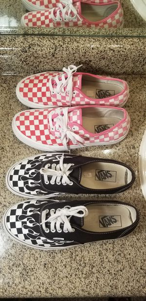 Vans shoe pink size 9 black 9.5 2 for 35$ for Sale in Fort Worth, TX