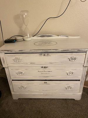 Refurbished French Providence Dresser for Sale in Las Vegas, NV