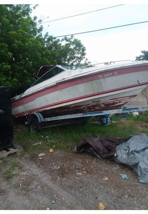 Boat shell 1990 Sea Ray for Sale in Fitzgerald, GA