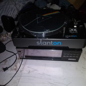 Stanton Dj Turn Table T.62. Mitsubishi Reciever And 6 Samsung Speakers With Bass Box for Sale in Pomona, CA
