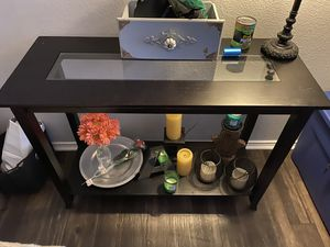 Console Table 36 x 10 x 30 inches for Sale in Austin, TX
