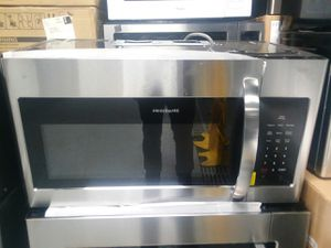 Frigidaire Stainless Microwave for Sale in St. Louis, MO