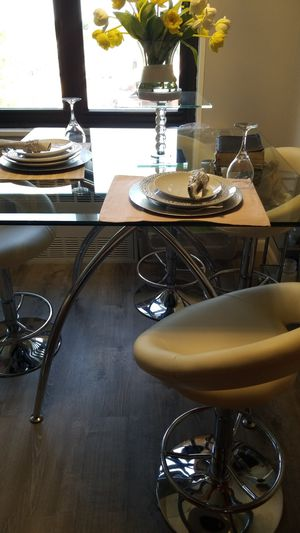 """Glass & Chrome Table 42"""" x 42"""" with 4 chairs for Sale for sale  Brooklyn, NY"""