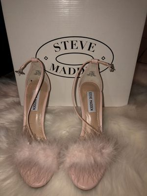 Steve Madden light pink heels 7.5 like new for Sale in Miami, FL
