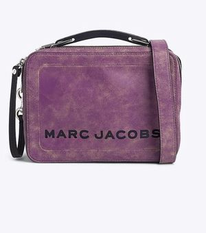 Marc Jacobs The Mini Box Bag rhubarb crossbody org$395 for Sale in La Puente, CA