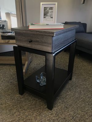 PCT End Table with Drawer, Distressed Grey for Sale in Fountain Valley, CA