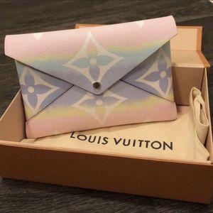 Louis Vuitton Bag for Sale in Laguna Beach, CA
