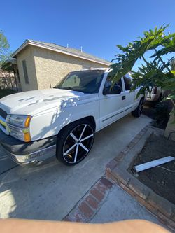 2003 Chevy Silverado for Sale in South Gate,  CA