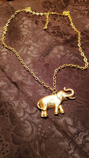 Elephant Pendant on Gold Tone 28 inch Chain for Sale in Edgewood, WA
