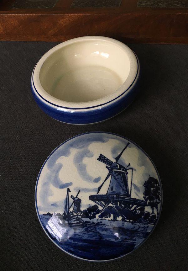 Delft dish