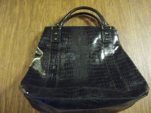 Large purse - Vera wang for Sale in Empire, CA