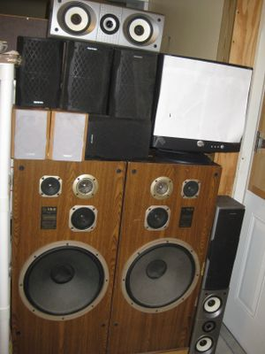 "Stereo Speakers Bose Philips Onkyo Subwoofers 12"" System for Sale in Lake Wales, FL"