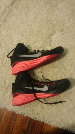 Nike Hyperdunk shoes for Sale in St. Louis, MO