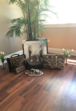 Louis Vuitton Speedy bag, Micheal Kors Zebra Tote Bag, Micheal Kors faux fur cheetah bag and wallet, Micheal Kors faux fur cheetah slide size 4 (neve for Sale in Shelton, CT