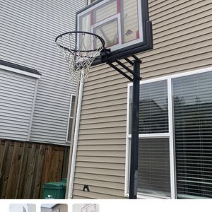 Basketball Hoop For Christmas Gift for Sale in Portland, OR