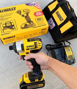 $90 New In Box Dewalt 20v Max Impact Driver Kit 1/4-Inch With 1.5ah Battery, Charger And Carry Bag for Sale in Pico Rivera,  CA