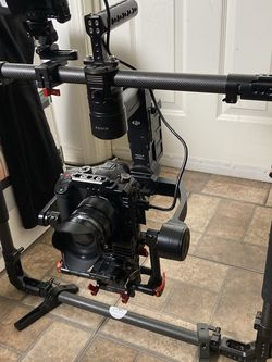 DJI Ronin-M Gimbal with Hard Case and SmallRig Ring for Sale in Canyon Country,  CA