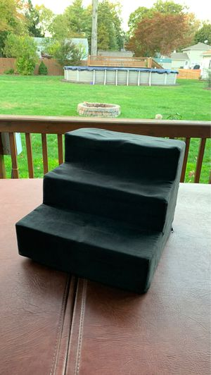 Small Dog/Cat Steps in Black for Sale in Pequannock Township, NJ