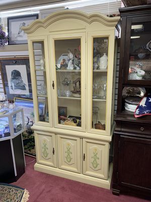 Quite Lovely Yellow China Cabinet (Also have the matching buffet) for Sale in Baltimore, MD