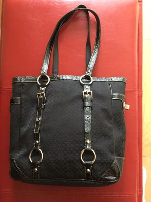 Coach Handbag for Sale in Alexandria, VA